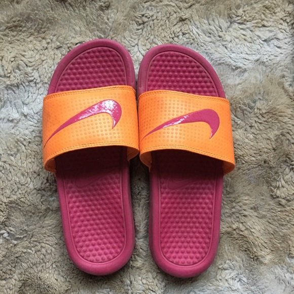15aba09e4bd4 amazon pink and orange nike slide sandals 52549 fd416